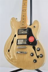 Squier Classic Vibe Starcaster MN Natural